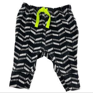 Cat & Jack Baby Geometric Chevron Pants Size 0-3M